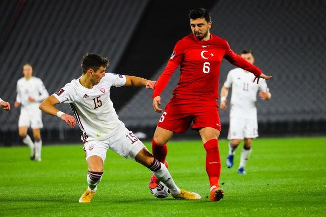 OL : Ozan Tufan, Lyon et Fenerbahçe se rapprochent !