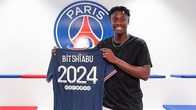 Officiel : El Chadaille Bitshiabu signe pro au PSG