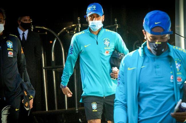 PSG: Tacle les deux pieds décollés, Neymar rentre en boitant