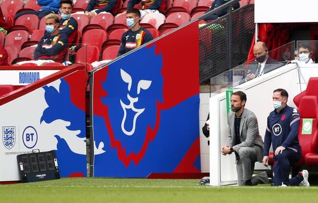 L'Angleterre supplie ses fans de ne pas protester contre le genou à terre