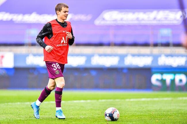 PSG : Lui, il reste, Edouard Michut prolonge