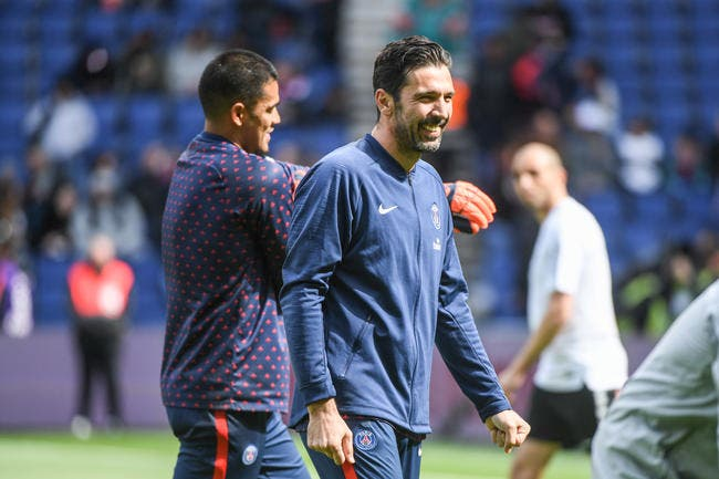 PSG : Buffon encore ému par son passage à Paris