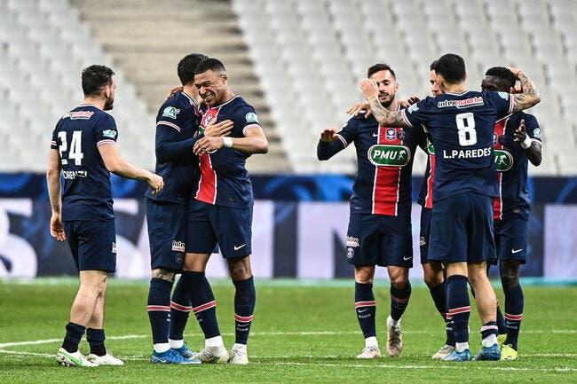 PSG : Quatre joueurs éjectés, Leonardo se trompe