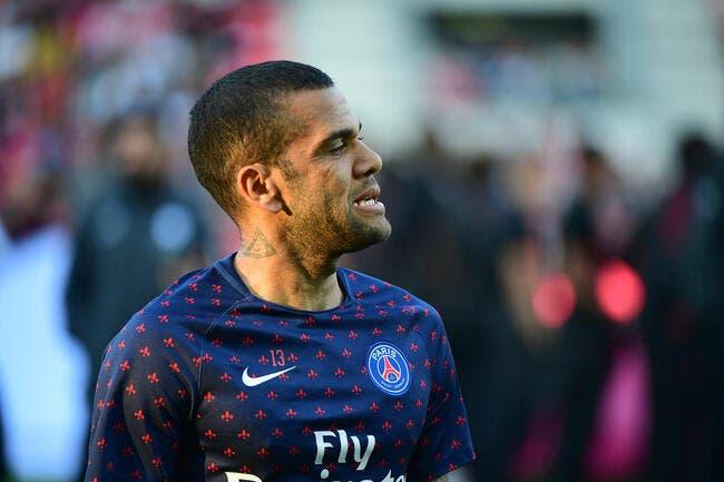 Le PSG  plutôt que Guardiola, Daniel Alves reconnaît son erreur