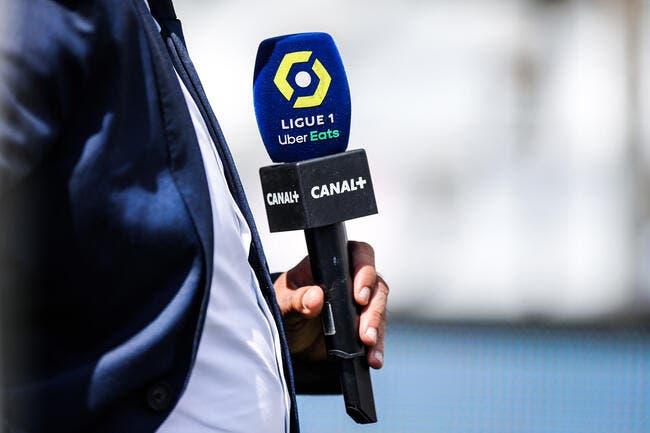 TV : 10 journalistes partent, le séisme Pierre Ménès continue