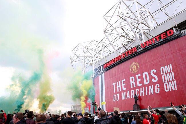 Envahissement d'Old Trafford, Glazer enfume les supporters