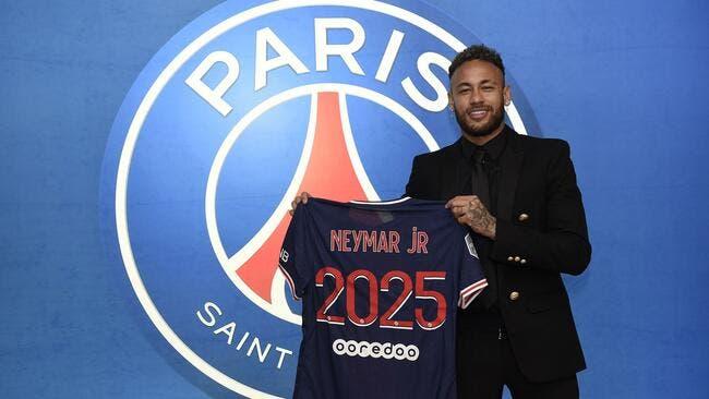 Officiel : Neymar prolonge au PSG jusqu'en 2025 !