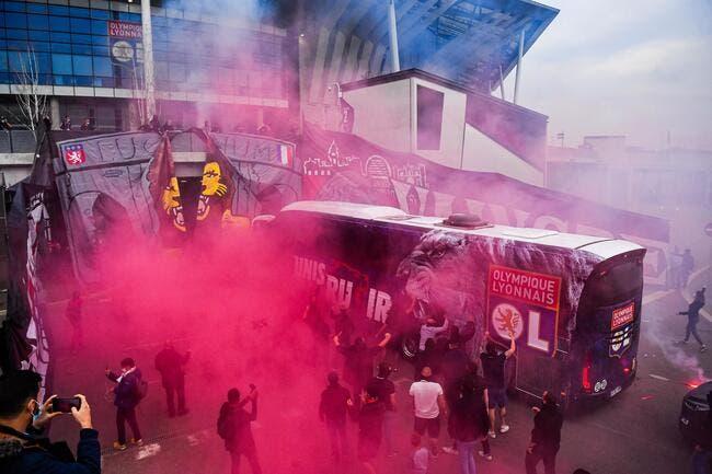 OL : Le feu à Lyon pour accueillir les joueurs