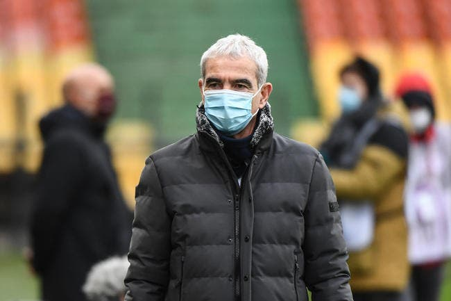 L1 : Mohamed Bouhafsi sort les dossiers sur Domenech