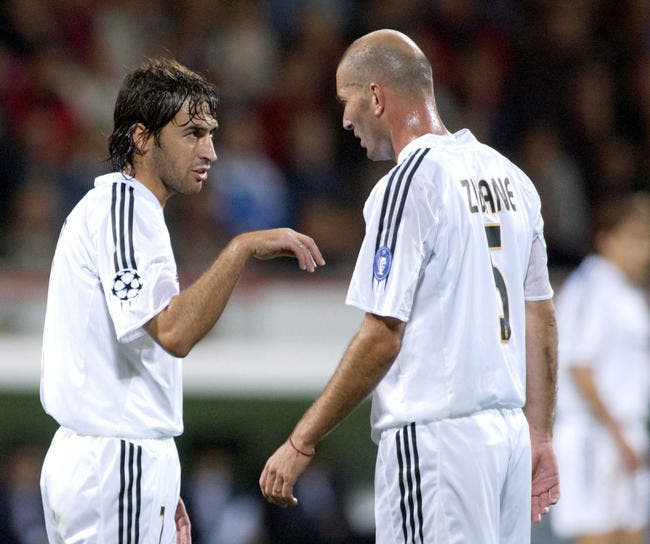 Real Madrid : Zidane remplacé par Raul ?