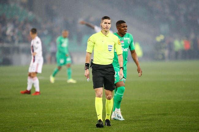 ASSE-OL : Rouge, penalty, buts refusés... Les Lyonnais ne vont pas aimer