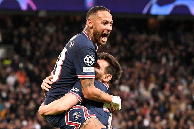 Facebook en panne et le PSG battu, Neymar se marre