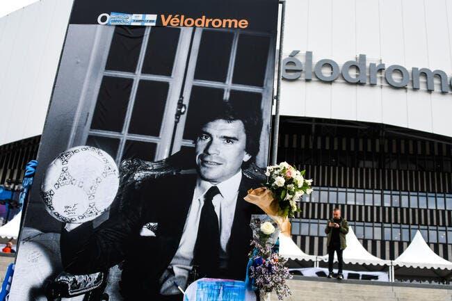 Bernard Tapie : Une statue devant le Vélodrome, l'idée vient de Nantes
