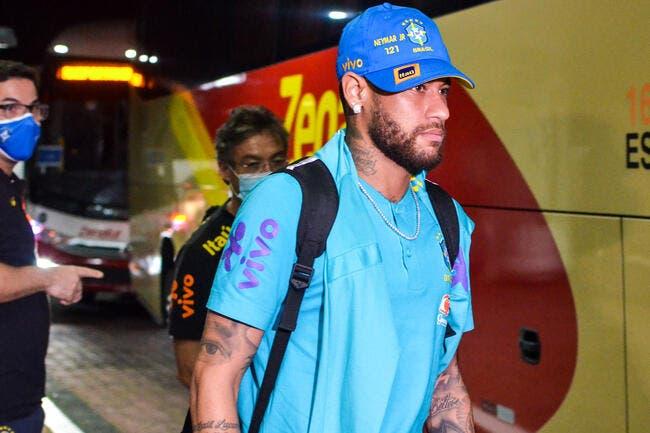 PSG : Neymar trainé dans la boue, son père explose