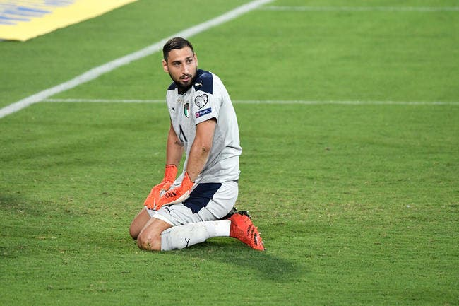 PSG : Pochettino préfère Navas, Donnarumma enrage !
