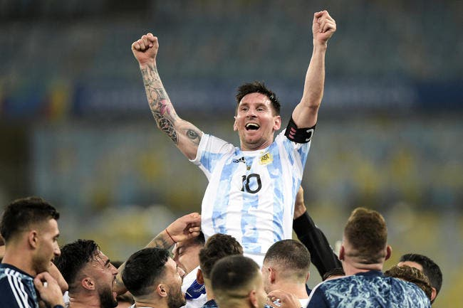 Argentine : Messi colle un triplé et fond en larmes