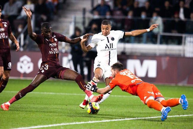 PSG : Mbappé qui humilie Oukidja, c'est ça le foot !