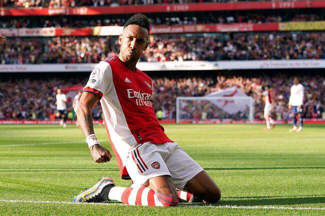 Thierry Henry fait le buzz à Arsenal