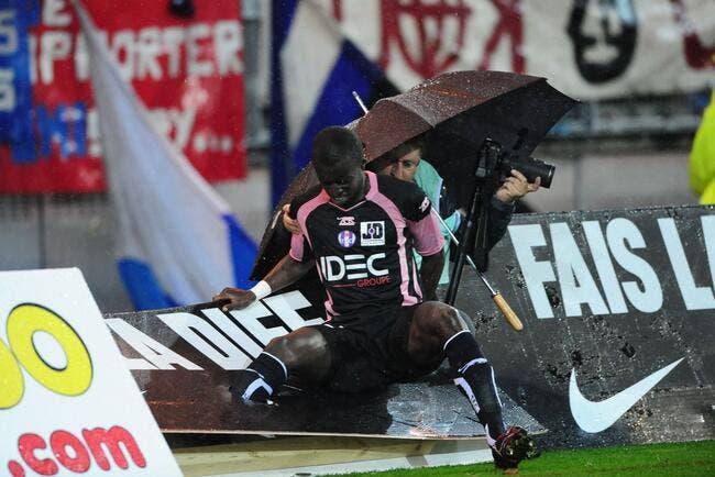 La photo foot : Toulouse se prend les pieds dans le tapis