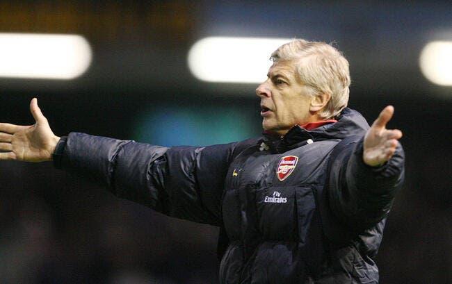 Wenger mis en furie par M.Hansson