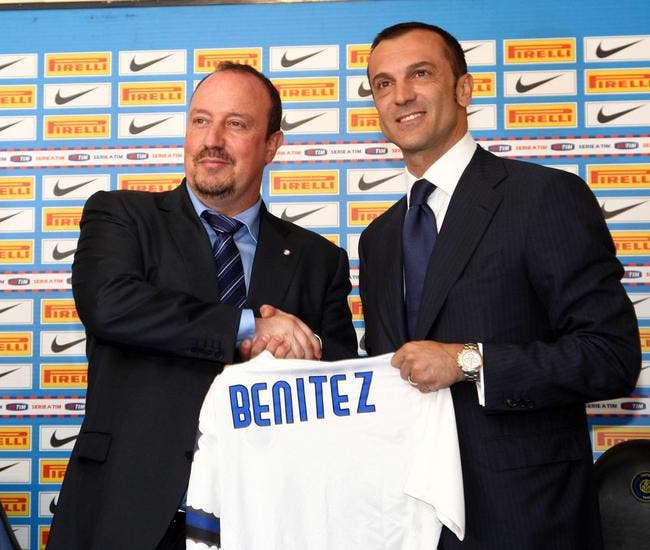 Photo du jour : Benitez officiellement à l'Inter Milan