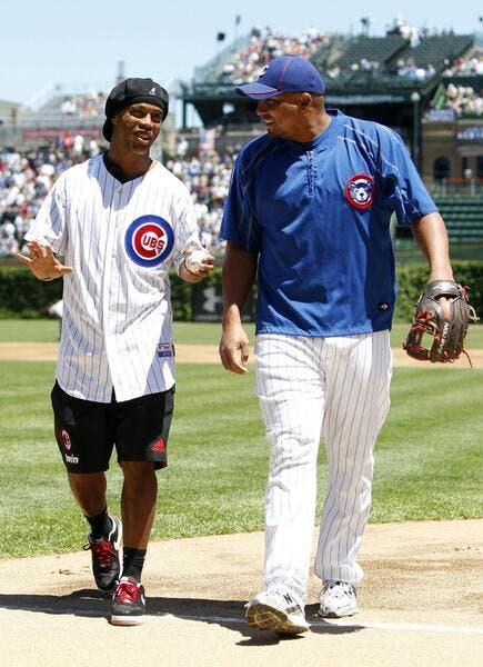 La photo foot : Et pendant ce temps, à Chicago, Ronaldinho joue au base-ball