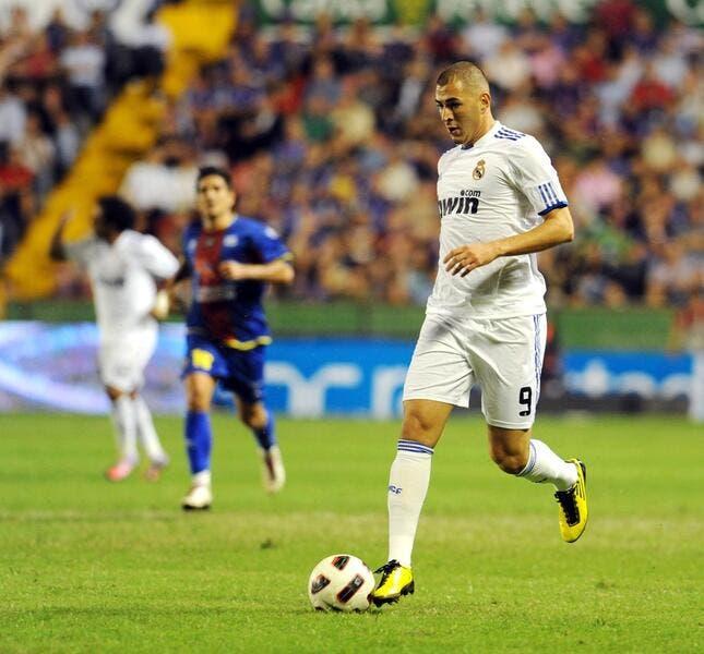 Benzema d'attaque à Auxerre