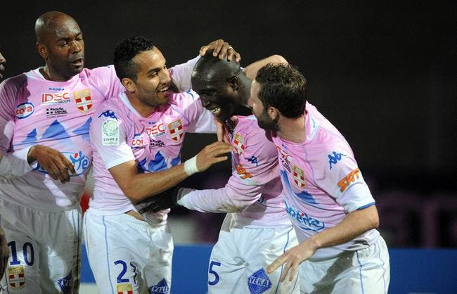 Méli-mélo en tête de la Ligue 2