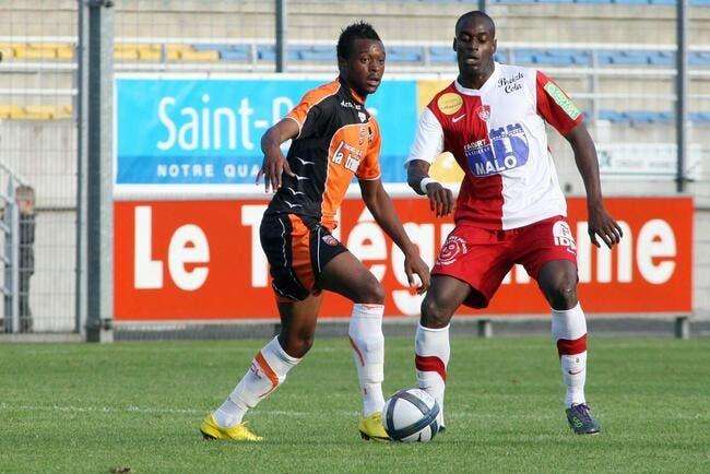 N'Goyi « veut jouer tous les week-ends » au PSG ou ailleurs