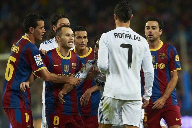 Cristiano Ronaldo roule des mécaniques devant le Barça
