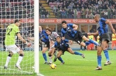 11e j : L'Inter prend la tête