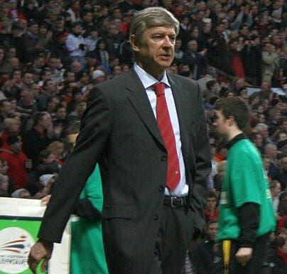 Wenger ne va pas taper sur les doigts