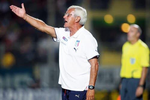 L'Italie fulmine après l'arbitre