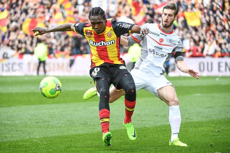 Lens - Valenciennes : 2-0